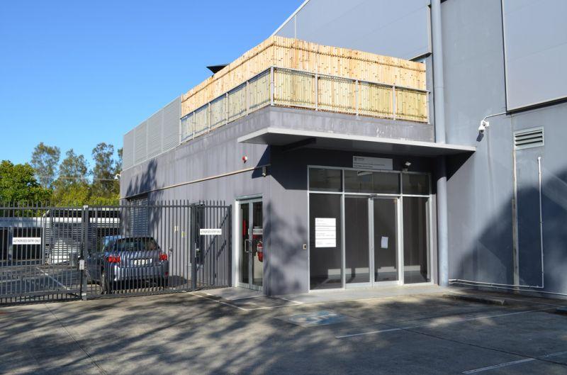 Sale or Lease Office Modern Showroom or Medical Premises - Brisbane Road Labrador