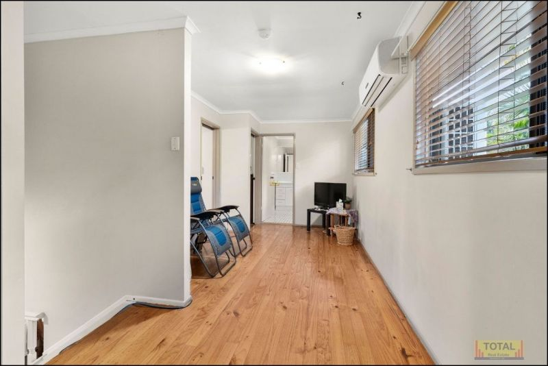 For Sale By Owner: 33 Brittainy Street, Petrie, QLD 4502