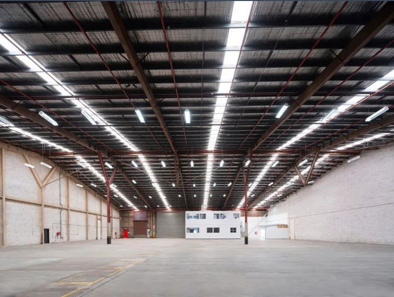 Close to Sydney Airport and Port Botany