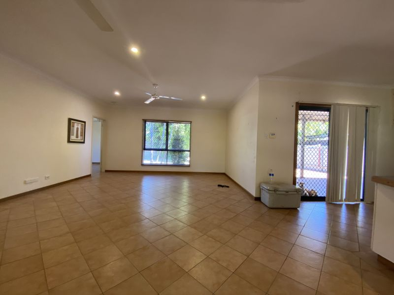For Sale By Owner: 8 Bronzewing Crescent, Djugun, WA 6725