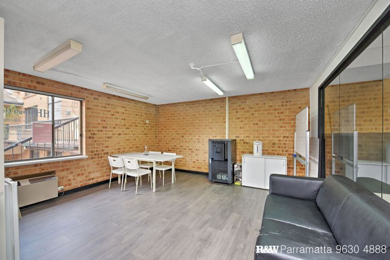 FULLY FURNISHED COMMERCIAL OFFICE SPACE - PARRAMATTA CBD