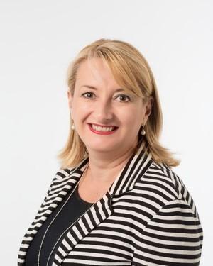 Nicole Scrofani Real Estate Agent