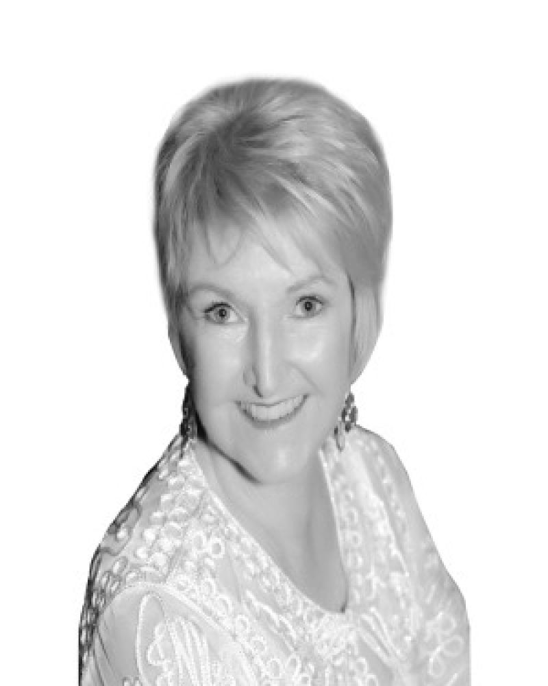 Cheryl Lomas Real Estate Agent