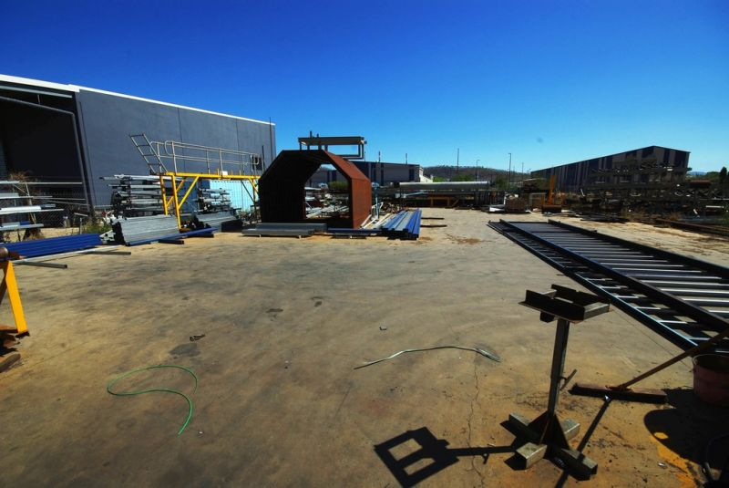 High Clearance Industrial Shed For Sale