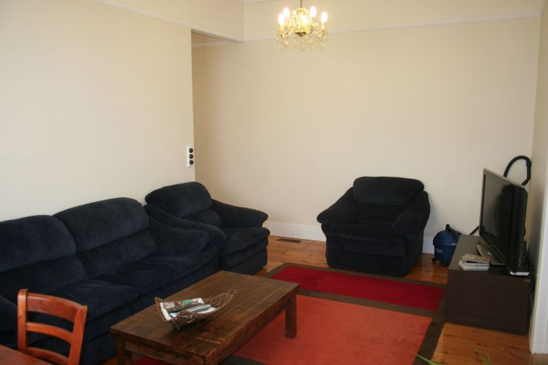 Private Rentals: 14 Jersey parade, Carnegie, VIC 3163