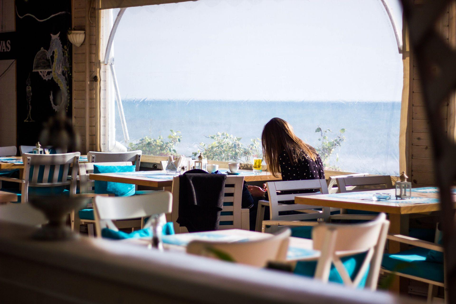Collaroy Beach Cafe. Prime Position