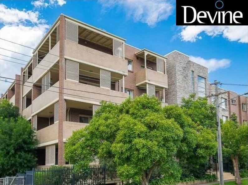 29/11-19 Mandemar Avenue, Homebush West
