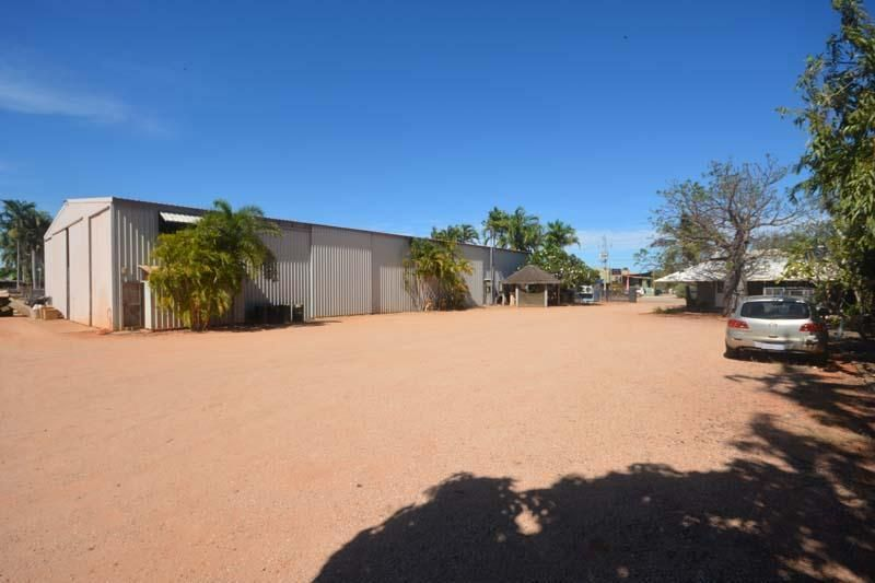 High Quality Large Warehouse/Showroom