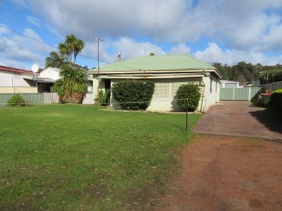 FULL OF CHARACTER | LARGE SECURE YARD