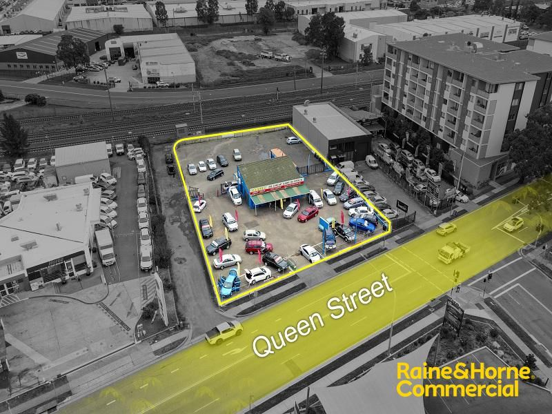 Rare Yard Leasing Opportunity on Queen Street