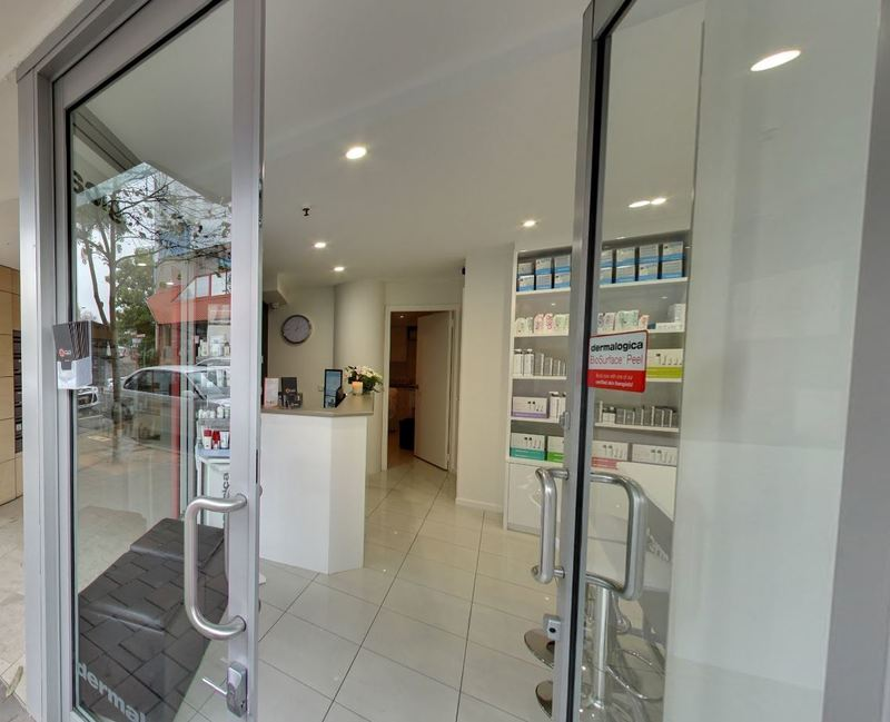 Great Exposure Retail/Medical/Professional Suite.
