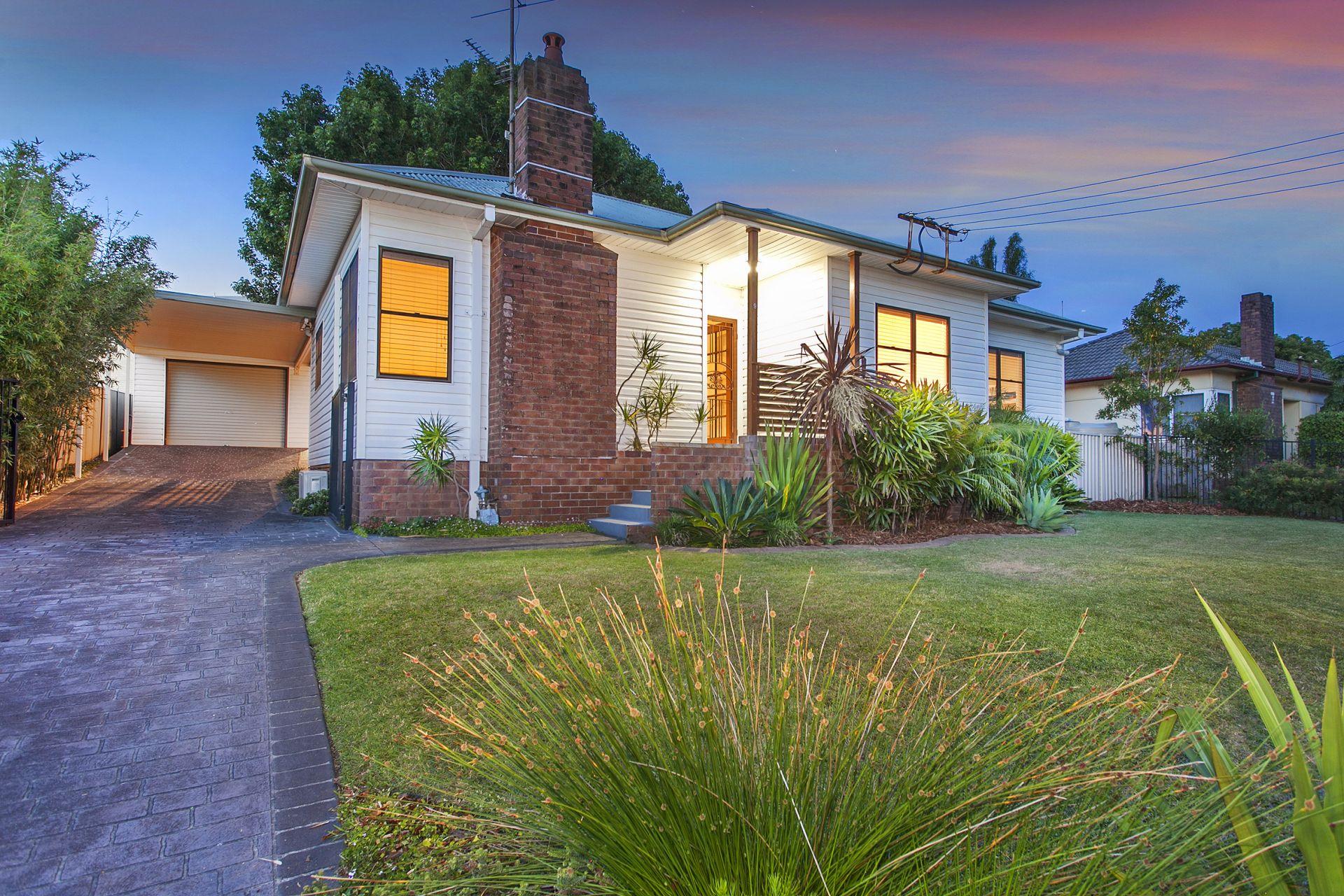9 Davidson Avenue, Woonona NSW