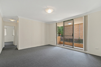 1/16 Central Avenue, Westmead