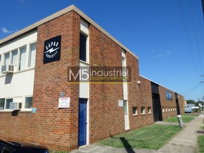 475 SQM - Freestanding Building, Corner Position