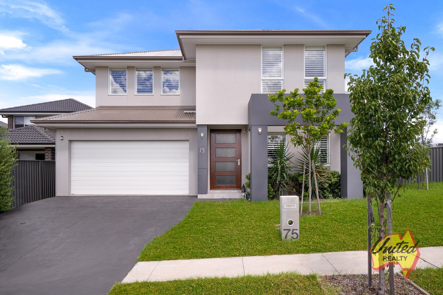 75 Oaklands Circuit Gregory Hills 2557
