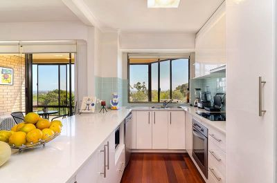 Renovated Executive Apartment With District Views - REAR OF BLOCK