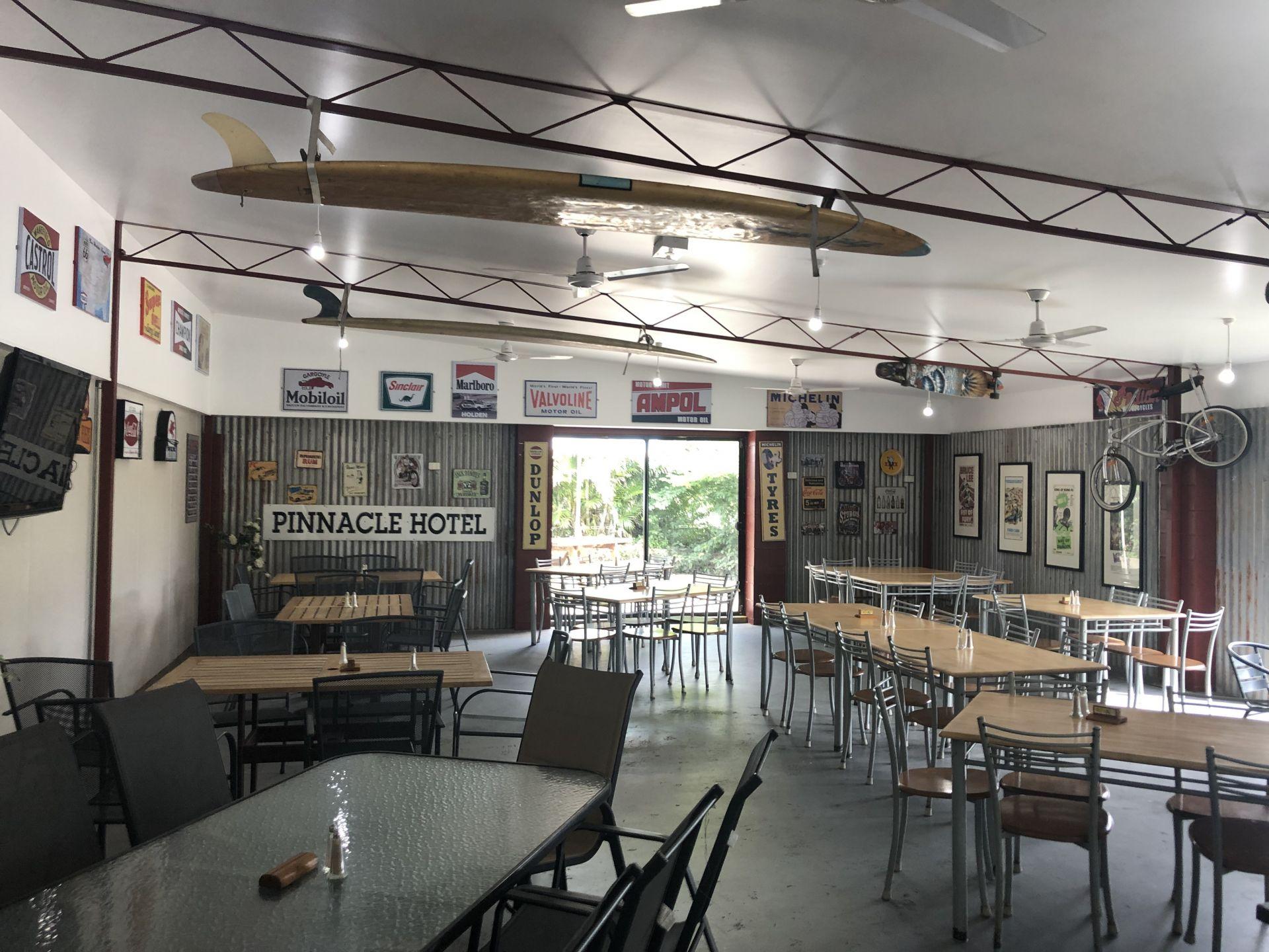 Pinnacle Pub