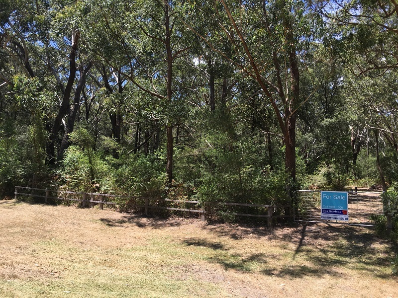 Holiday Block zoned non-urban – 600m to the Shores on Port Stephens