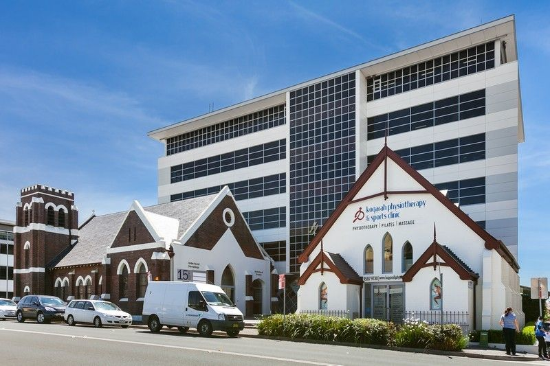 SOLD PRIOR TO AUCTION! - RARE OFFERING IN 'KIRK PLACE' - PREMIUM OFFICE/MEDICAL SUITE ON TOP LEVEL OF PREMIER BUILDING!