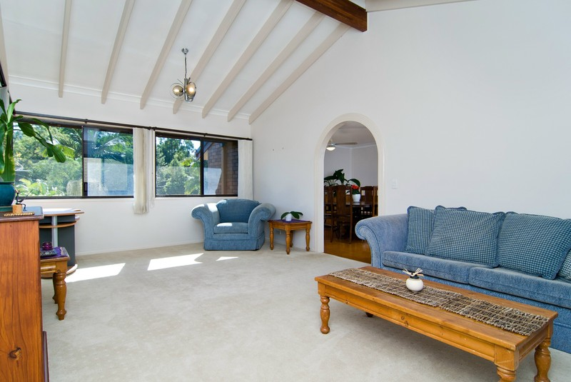 For Sale By Owner: 6 Caneby St, Everton Hills, QLD 4053