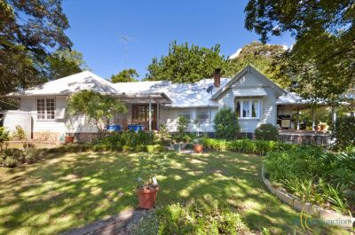 the secret garden - picturesque country cottage on highly sought-after 1+ acre block with beautiful cottage gardens - simply gorgeous!