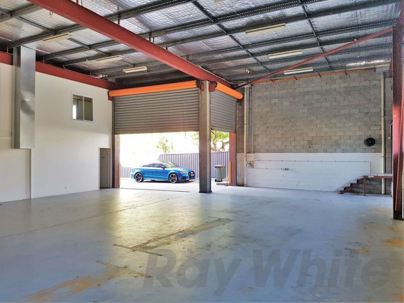 For Lease: 622sqm* WELL EXPOSED OFFICE/ WAREHOUSE/ SHOWROOM