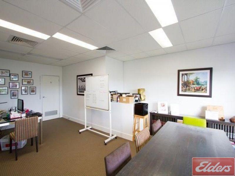 9/7 O'Connell Terrace, Bowen Hills