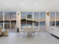 Beachside Penthouse Lucrative Short Term letting or residence