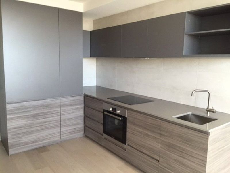 Modern and Spacious One Bedroom in North Melbourne!