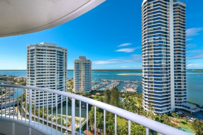 Luxury Bayview Tower Apartment - Fully Furnished or Unfurnished 2 bedroom + office or 3 bedroom Apartment