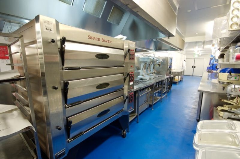 COMMERCIAL KITCHEN SOLD BY TAYLOR NICHOLAS
