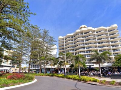 BEACHFRONT RETAIL OPPORTUNITIES | MOOLOOLABA