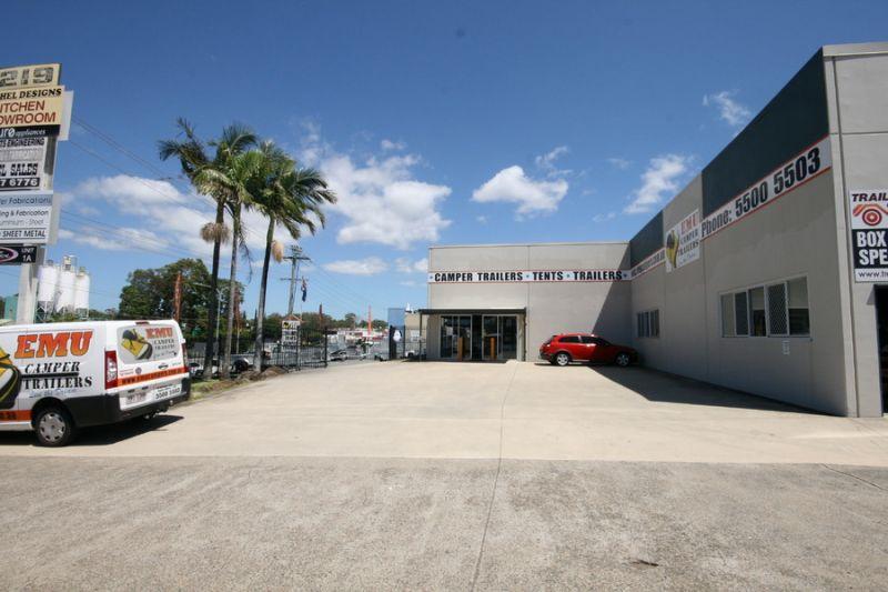 Fantastic Brisbane Road Position - Opposite Bunnings!