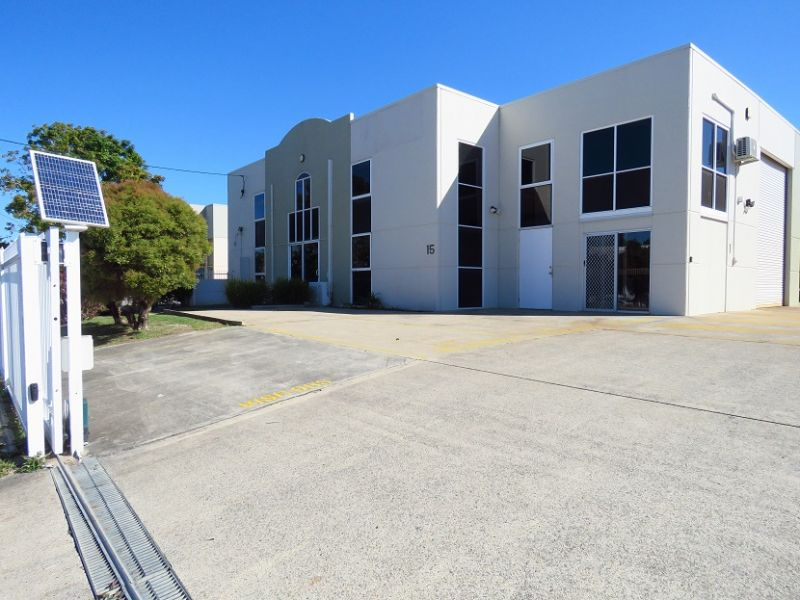 GORGEOUSLY PRESENTED 125SQM OFFICE - FRONT UNIT
