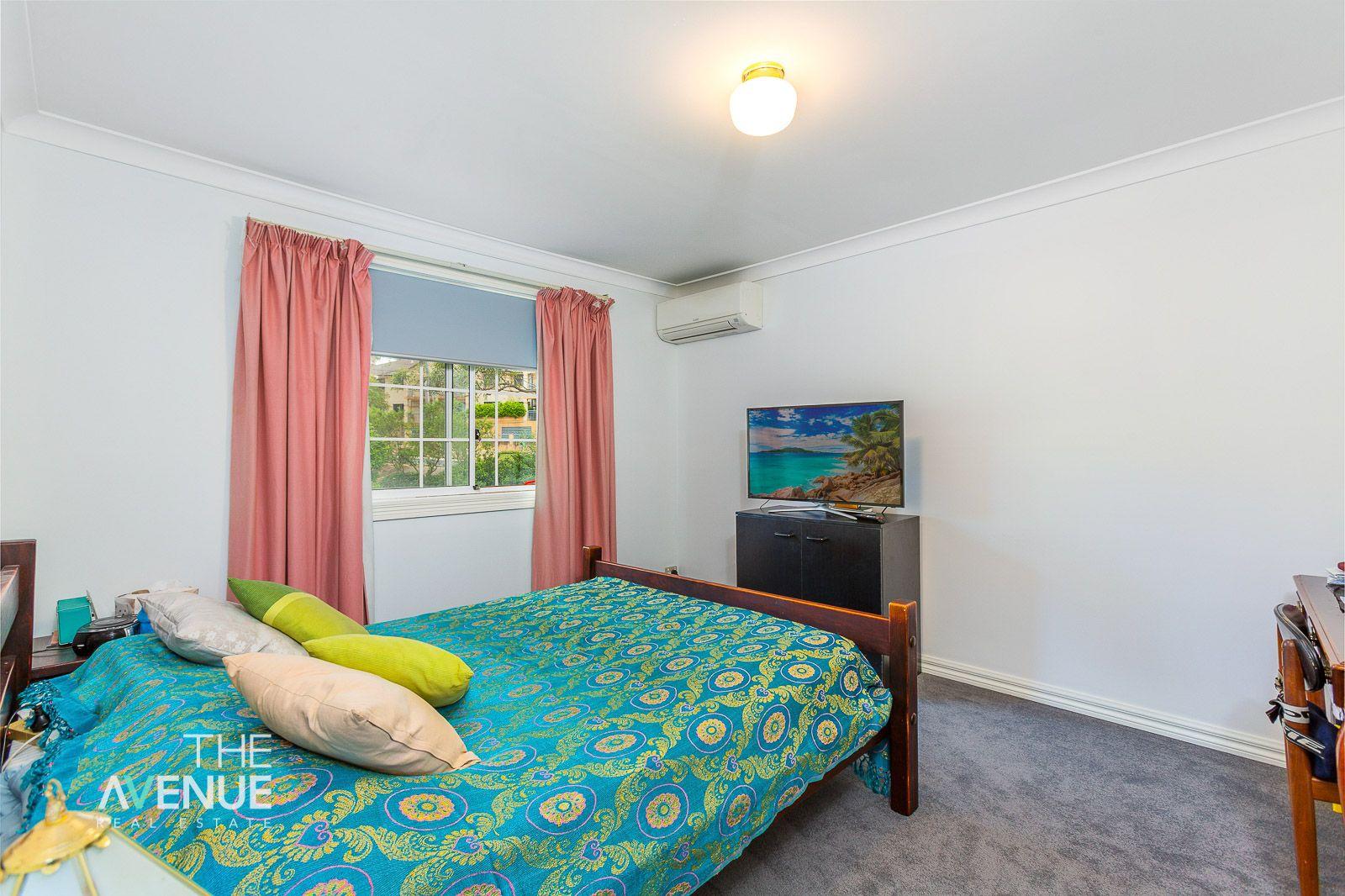 2/25 Jenner Street, Baulkham Hills NSW 2153