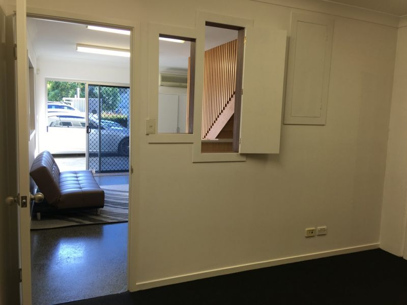 Well Appointed Office Space in Burleigh Heads Industrial Estate