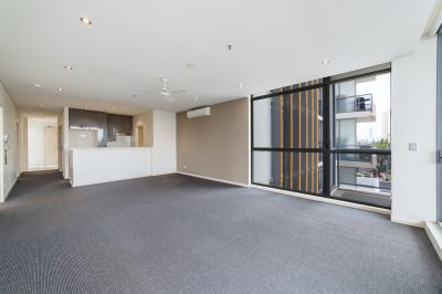 Unfurnished 2 Bedroom Unit in the Heart of Surfers Paradise