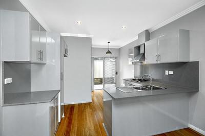 2/34 Noble Avenue, Strathfield