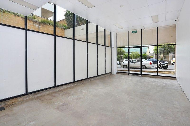 UNDER INSTRUCTIONS FROM THE LIQUIDATOR! - Shop + Storage/Workshop