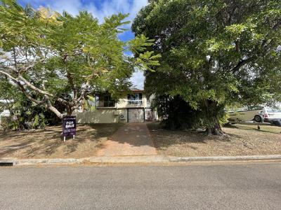 Sold by Shelly and Graham Lynham