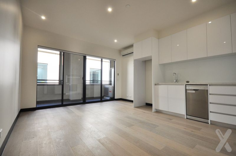 PRIVATE INSPECTION AVAILABLE - Stylish Apartment on Flinders Lane
