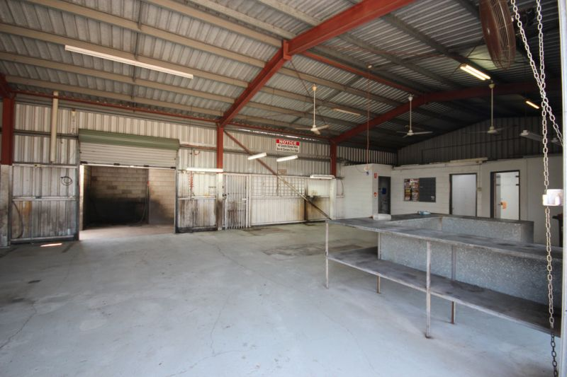 Cheap Freehold Workshop Must Sell Make an Offer