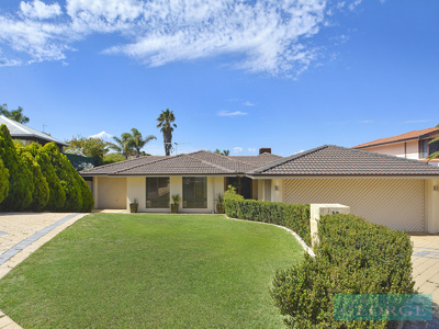 PERFECTLY POSITIONED IN SOUTH DUNCRAIG!