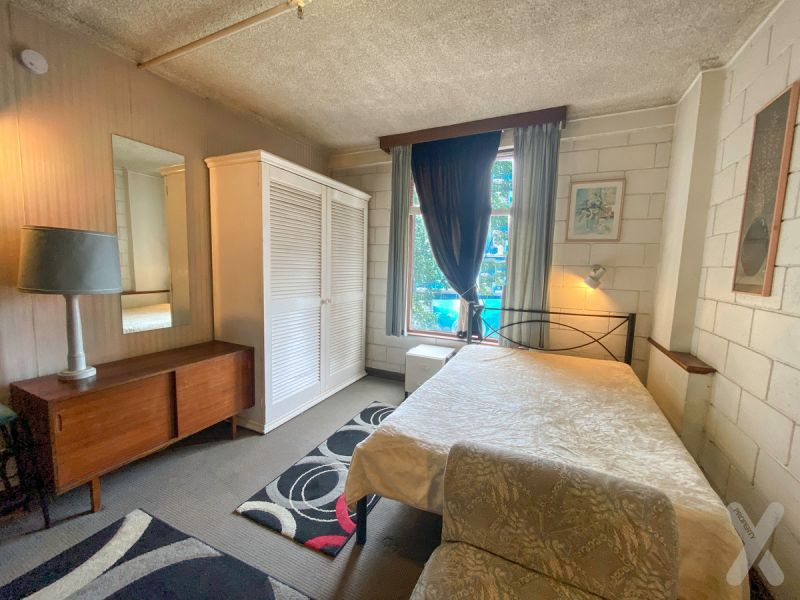 PRIVATE INSPECTION AVAILABLE - The Perfect Studio over looking Flinders Street! - AC included