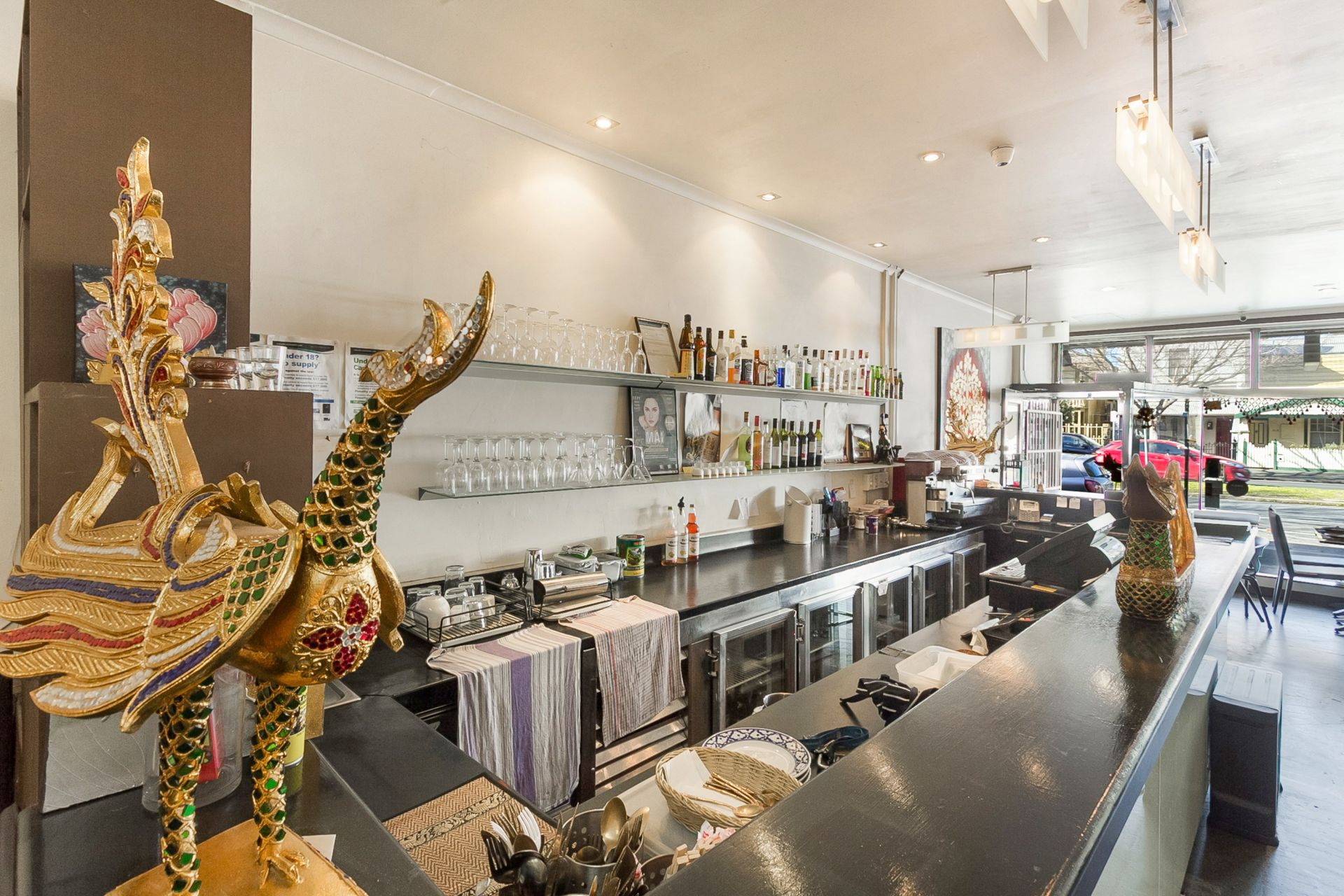 Hot Restaurant for sale on Busy Bay Street