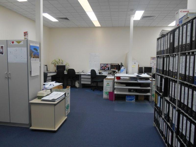 145m2* Office
