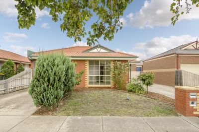 Low Maintenance Living In A Perfect Location!