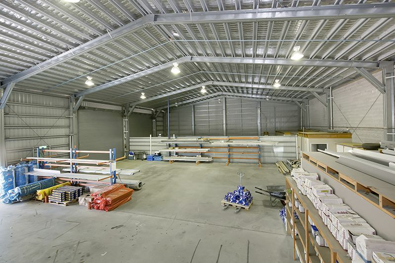 Bohle warehouse with large office suite