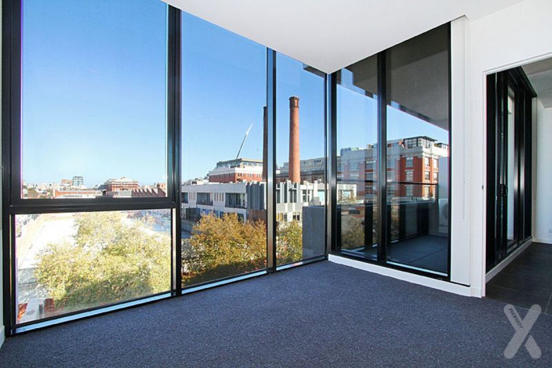 NEGOTIABLE -  THE OXLEY 2 BEDROOM APARTMENT WITH VIEWS