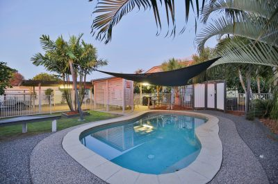MODERNISED QUEENSLANDER WITH POOL AND A IMPECCABLE FINISH!